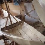 Деревянная лодка Кижанка стапель