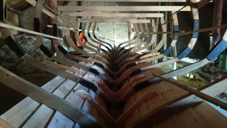 шпангоуты деревянной яхты