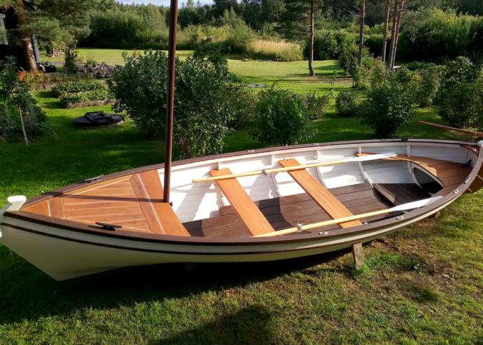 купить деревянную лодку