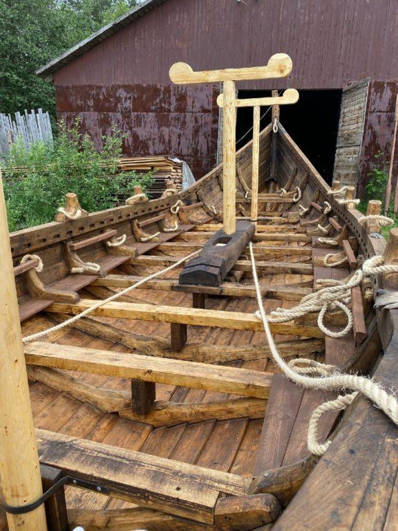 Внутреннее убранство лодьи